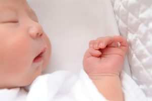 産後赤ちゃんの画像